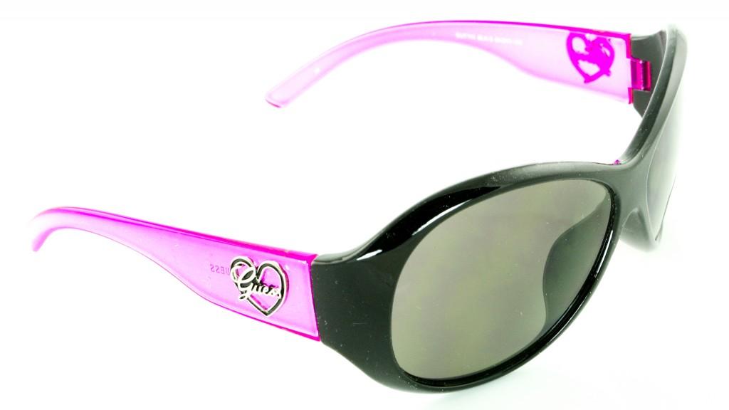 lunettes de soleil guess enfant 6 08769abe4506
