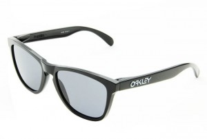 62f6f19373 Images lunettes de soleil Oakley femme
